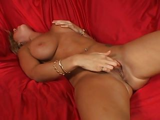 Busty Slut Fuck A Younger Guy...usb
