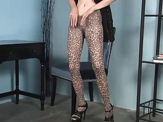 Milf Cheetah Print Pantyhose Joi... It4