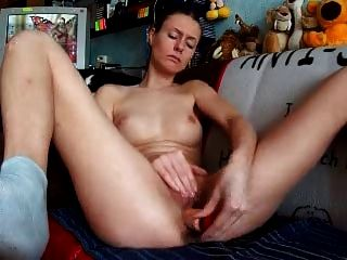 Amateur Uses Dildo In Front Of Her Cam