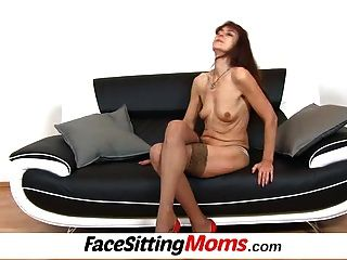 Stockings Granny Lada Facesitting Cunnilingus