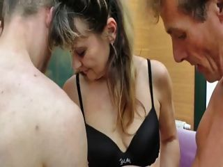 Melodie Is Cheating On Her Husband With 2 Guys