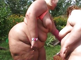 Two Bbw Lesbian Sex In Outdoors