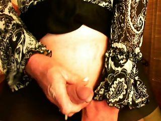 Intense Cumming Of A Mature Cd Jerking