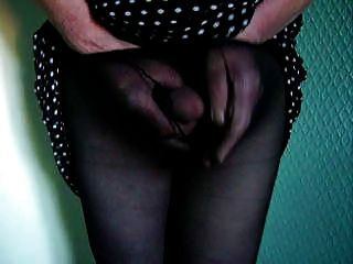 Mature Cd Cums In Black Tights