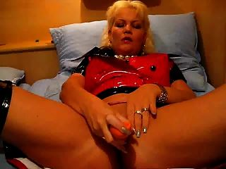 Gina-white Mit Ihren Geilen Dildospielen