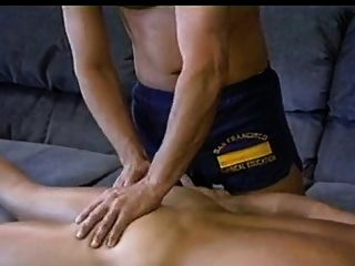 Masseuse Gets  Happy Ending