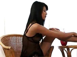 Wanda Tai Masturbating 3 Of 3
