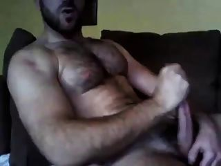Hairy Man Cumming For You