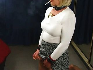 Amazing Cd Smoker Love All Of Her Stuff