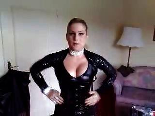 Jeanette In Leder
