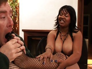Ebony Kandi Kream Suck White Cock