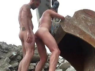 Str8 Workers Fucking In The Desert Ll