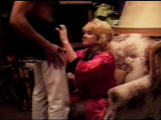 Classic Blond Granny R20