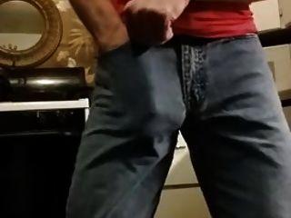Str8 Daddy Play In Kitchen