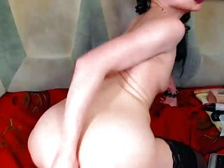 Milf Fists Ass And Plays With Pussy On Cam
