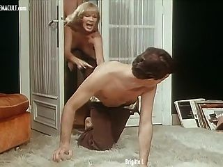 Brigitte Lahaie And France Lomay - La Rabatteuse