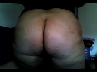 Bbw Girl Showing Big Ass