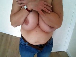 Amateur Wife Show Huge Boobs 01
