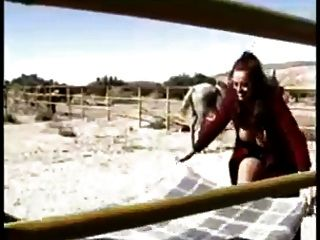 Minka And Donita Dunes In Hot Lesbian Action