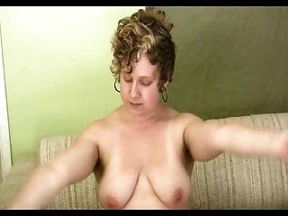 Hairy Short-haired Curly Curvy Girl Fingering Herself