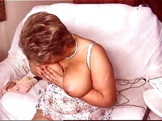 Granny Allure 2