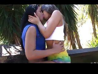 Two Girls Kissing 534635