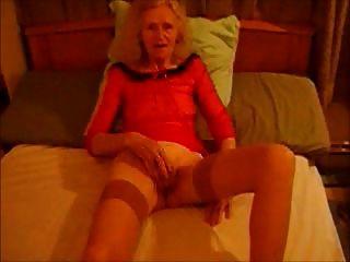 Josee  Old Bitch    Love Masturbing 2