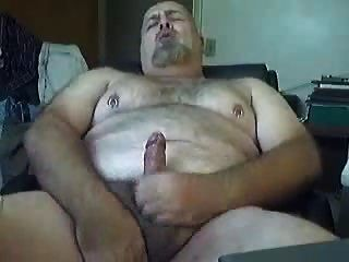 Chubby Daddy Bear Jerking 2