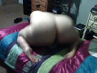 Bbw With Beautiful Ass Masterbates