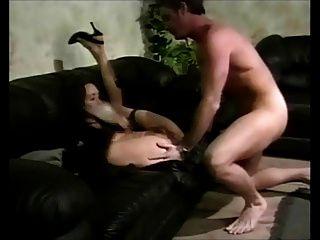 Lady Fucked In Sofa