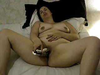 Neighbor Mom With A Vibrator