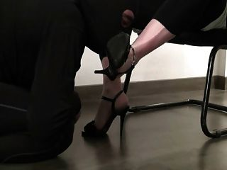 Worship My Shoes
