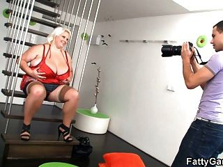 Huge Woman Gets Fucked On The Floor