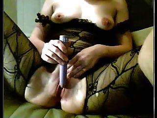 Older Camslut In Stockings