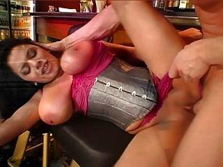 Natural Big Saggy Tits Sexy Milf