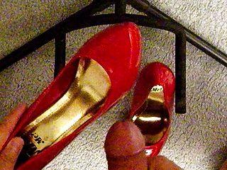 Cum In Heels 2