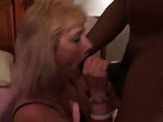 Mature Housewife Takes A Black Schlong