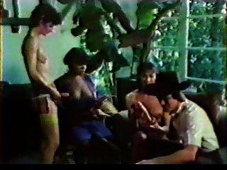 Vintage Tranny 3some