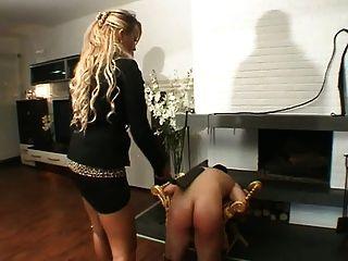 Violent Ladys In Black