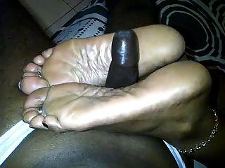 Very Mature Ebony Feet