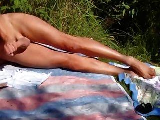 Am Badesee Auf Meine Hotpant Masturbiert