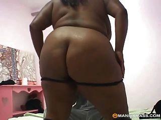 Bigger Black Sluts Fuck Better