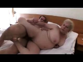 Blond Granny With A Great Titts R20
