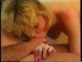 Double Penetration On The Floor With German Girl