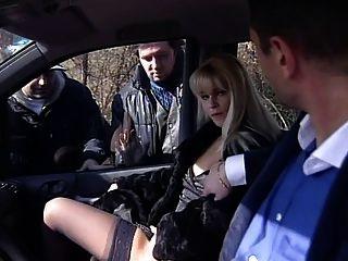 Dogging - Bella Teasing A Strangers