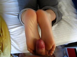 MILFY morning footjob