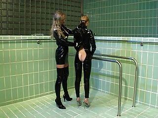 German Femdom Rubber