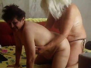 Lesbians On The Webcam R20
