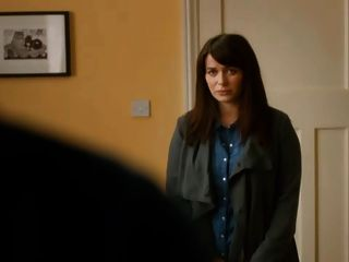 Eve Myles From Torchwood Cleavage In Broadchurch