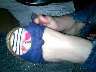 Sexy Shoejob Handjob